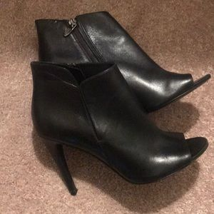 Sigerson Morrison Black leather open toe booties